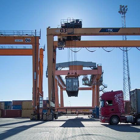 Port crane KERS Skeleton Technologies